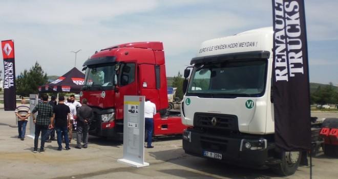 Renault Trucks 11 ilde kamyon sürücüleri ve filo sahipleri ile buluştu