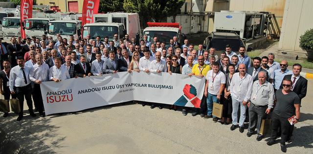 Anadolu Isuzu 75 üst yapıcı firma ile buluştu