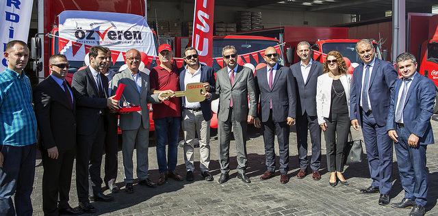 Anadolu Isuzu, Bodrum'a 50 adet otobüs, 23 adet kamyon teslim etti