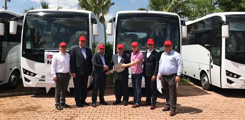 Antalyalı Kıraç Turizm, filosuna 10 adet Isuzu Novolux kattı