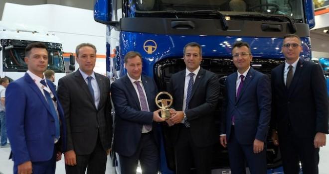 F-MAX'e Rusya'dan Yılın Kamyonu ödülü
