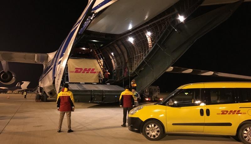 106 tonluk dev kargoyu uçakla Güney Kore'den İstanbul'a getirdi