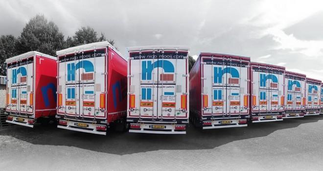 Tırsan'dan Hollandalı lojistik firmasına 10 adet Kässbohrer K.SCD M Mega Tenteli Perdeli treyler