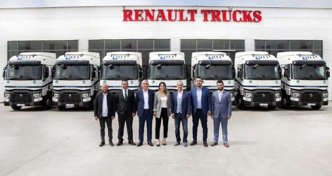 Filosunu 12 adet Renault Trucks T460 çekici ile güçlendirdi