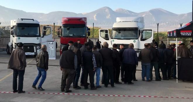 Renault Trucks, Ege Bölgesi'ndeki müşterileri ile buluşuyor