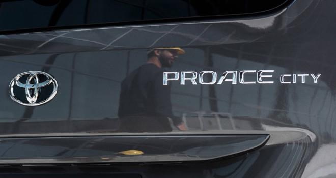 Toyota'dan yeni hafif ticari araç Proace City
