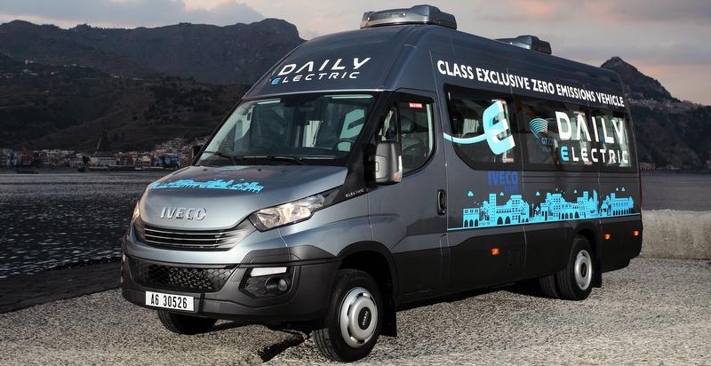 """Daily Tourys, """"Yılın Minibüsü 2017"""" ödülünün sahibi oldu"""