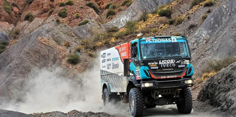 Dakar Rallisi'nde zafer Iveco'nun oldu