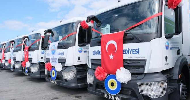 Büyükçekmece Belediyesi'ne 23 adet Mercedes-Benz kamyon teslim edildi