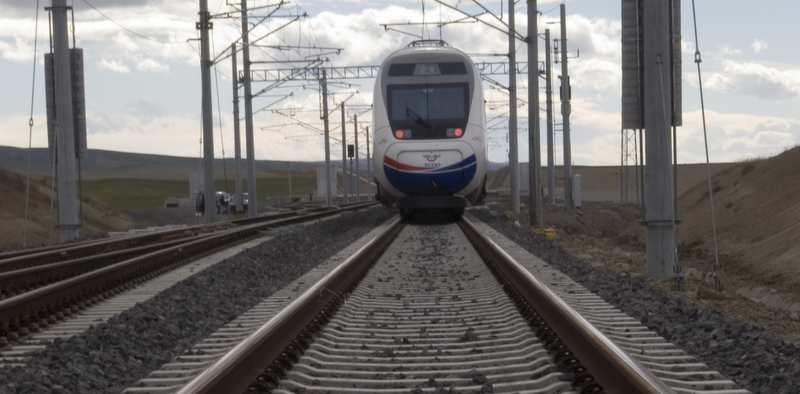 Demiryoluna 10 yıl içinde 40 milyar dolar yatırım yapılacak!