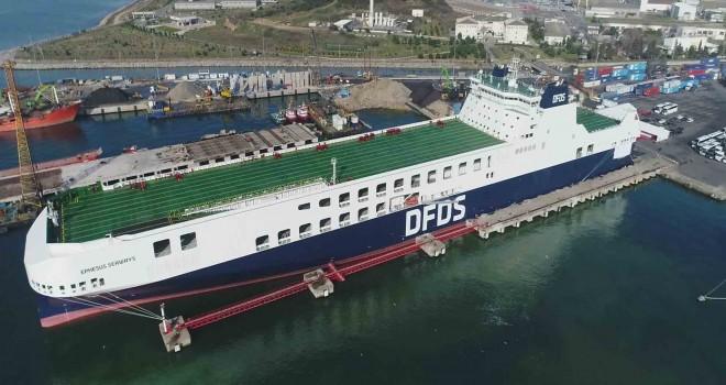 450 TIR taşıma kapasitesine sahip dev Ro-Ro gemisisefere çıktı