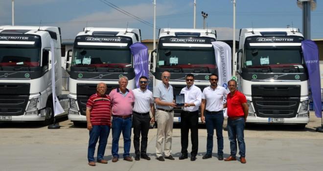 Özçelik Transport filosuna 10 adet FH 460 HP Volvo Trucks kattı