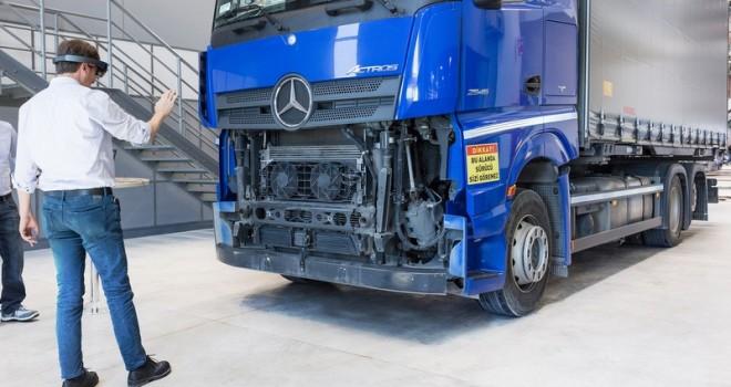 """Daimler'in tüm dünyaya kamyon yol testi sunan """"Tek Merkez""""i oldu"""