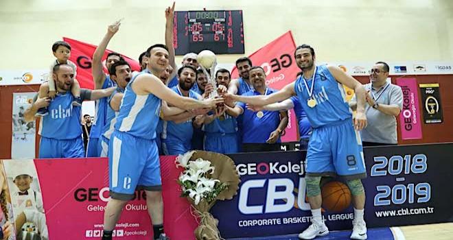 Ekol Lojistik Basketbol ve Voleybol Takımları Şampiyon Oldu
