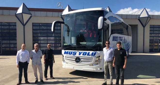 Mercedes-Benz Türk'ten 2 firmaya 2 adet Travego 15 SHD