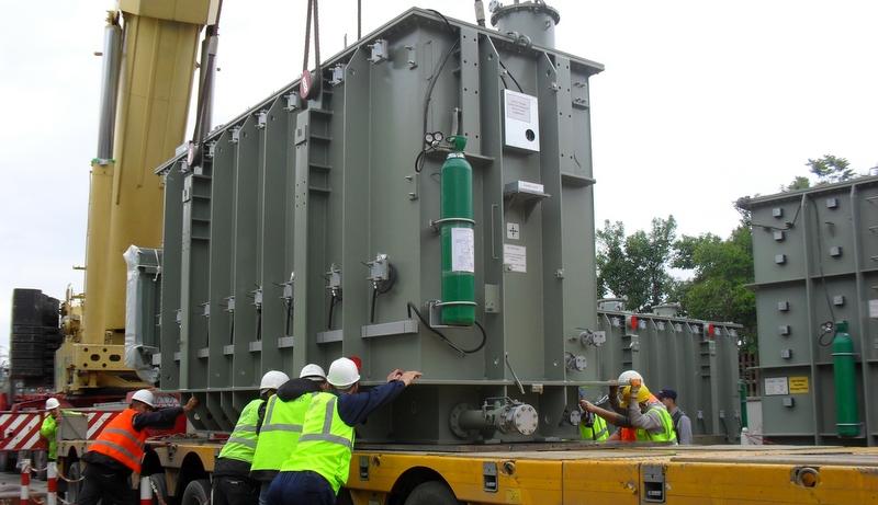 119 ton ağırlığındaki trafoları Gebze'den Mersin'e taşıdı
