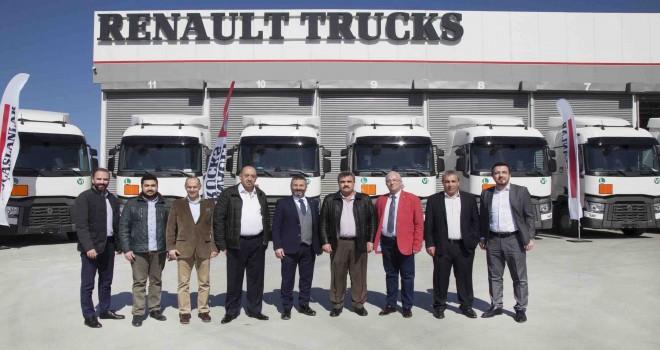 Sevnak Lojistik filosuna 14 adet Renault Trucks T 460 Euro 6 çekici kattı