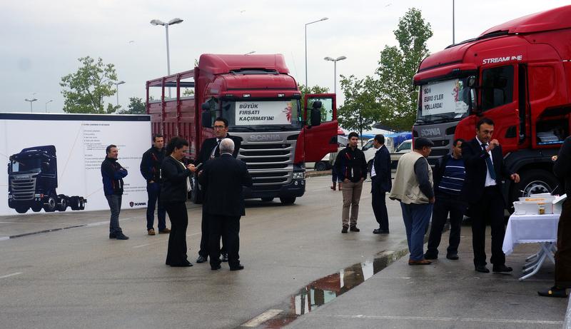 Scania 8x2 Kırkayak Kamyonunu 8 İldeki Müşterileri İle Buluşturdu