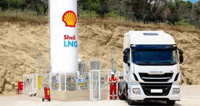 Türkiye'nin İlk LNG'li Kamyonları Yollara Çıktı