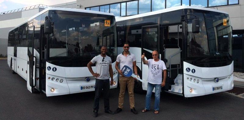 Fransa'ya 45 adet okul otobüsü teslim etti!