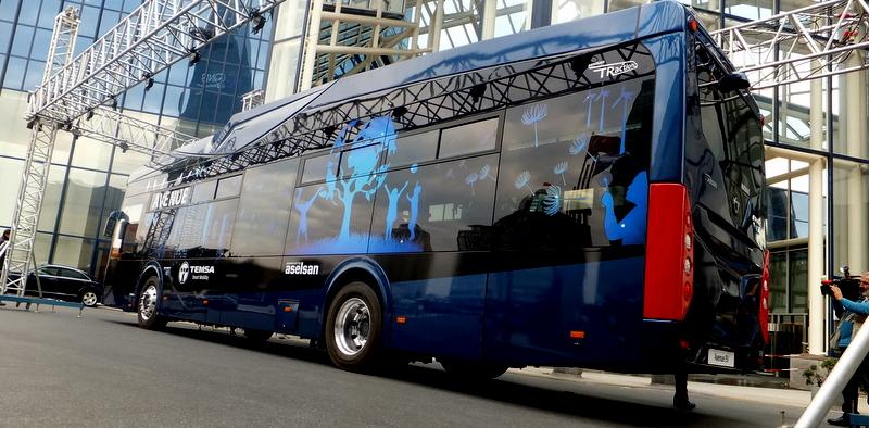 İlk yüzde 100 milli elektrikli otobüs Avenue EV tanıtıldı