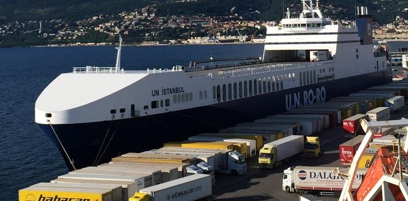 İtalyan Bakan Trieste Limanı'nı Ziyaret Etti!
