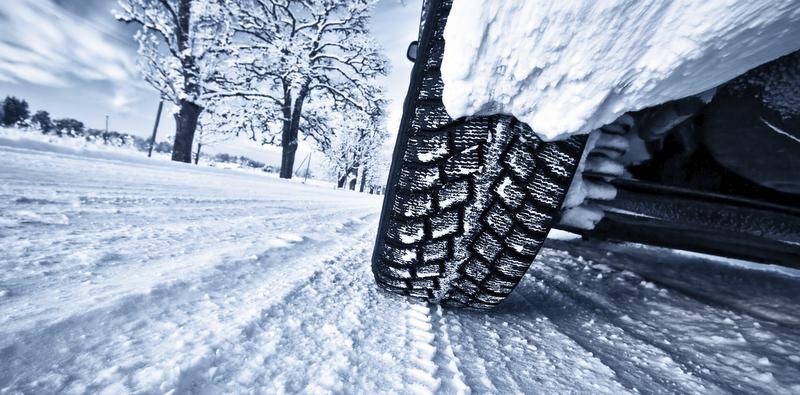 Kış lastiğini saklarken ve yaz lastiğini takarken şunlara dikkat etmeliyiz