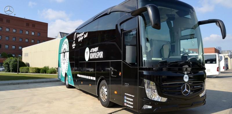 Konyaspor'un takım otobüsü Yeni Travego oldu