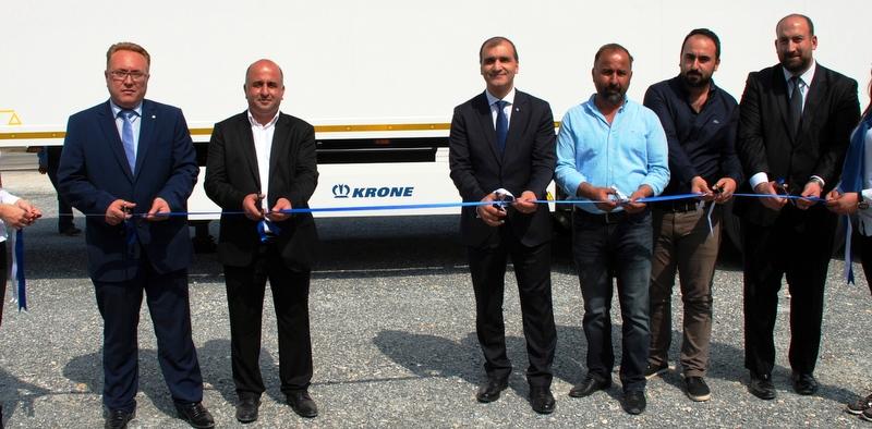 Krone, Mersin'de yetkili servis açtı ve 5 firmaya 21 adet treyler teslim etti
