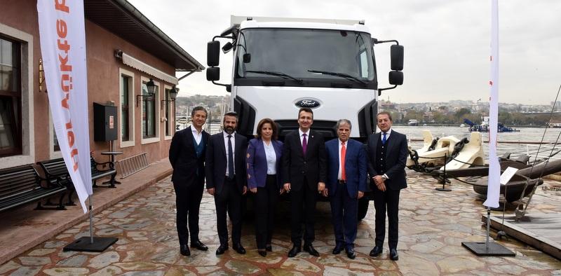 Mega projeler için filosuna 40 adet Ford Trucks kattı