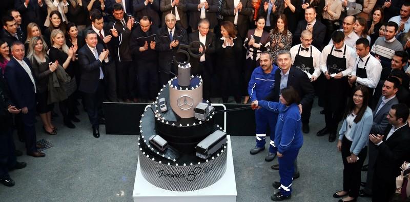 Mercedes-Benz Türk 50. yılını tüm çalışanlarıyla kutladı
