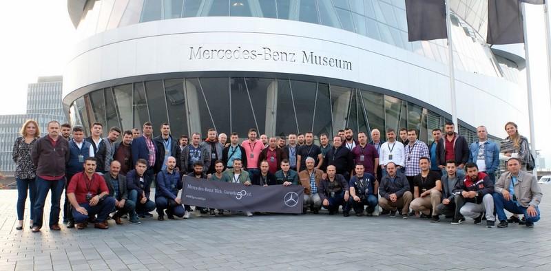 Mercedes-Benz Türk, 50 çalışanını Stuttgart'taki genel merkeze götürdü