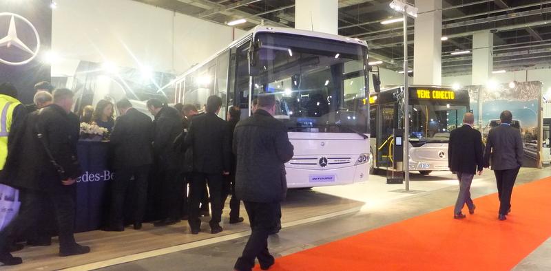Mercedes-Benz Türk, Transist 2016 Fuarı'nda Conecto ve Intouro otobüsleriyle yerini aldı