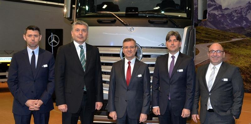 Mercedes-Benz Türk, yeni kamyon ve otobüslerini sergiliyor