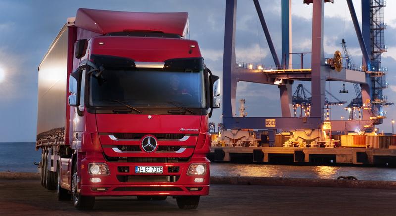 Mercedes-Benz Türk'ten Aralık ayına özel kamyon ve çekici fırsatı