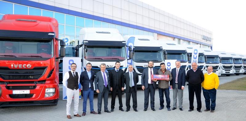 Mersinli Öztürkler Petrol'e 10 adet ADR'li Iveco çekici teslim edildi
