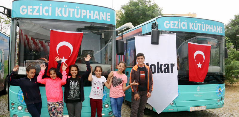 Otokar'dan Kültür Bakanlığı'na 5 yeni gezici kütüphane otobüsü