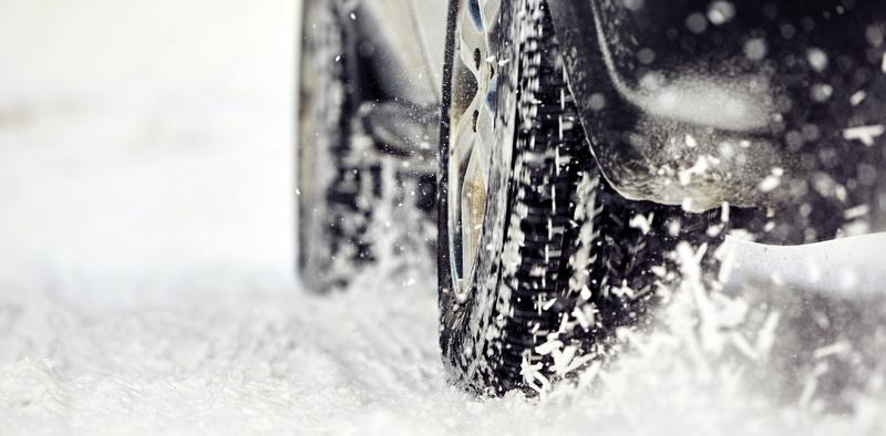 Özel araçlara da kış lastiği takma zorunluluğu getirildi!