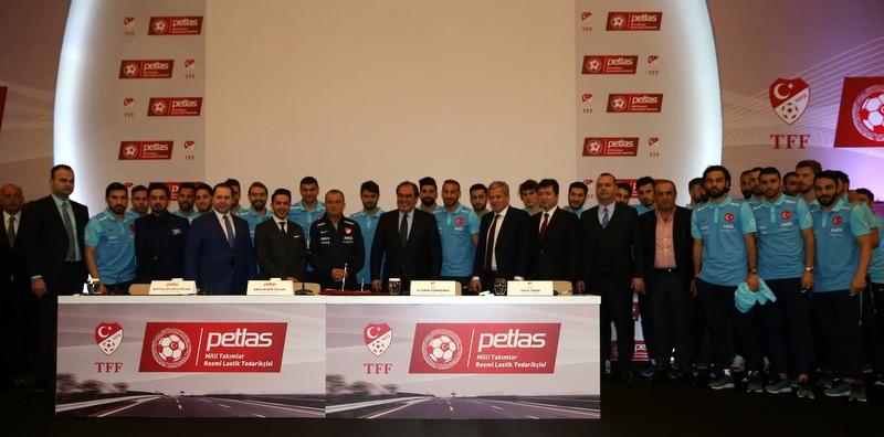 Petlas'tan Türk Futboluna Destek
