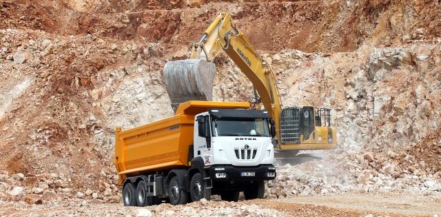 Sabancı Grubu şirketi Agregasa'nın tercihi Astra kamyonlar oldu