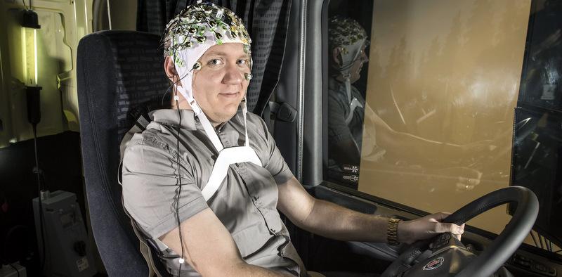 Scania, beyin dalgalarının sürücü performansına etkilerini araştırdı
