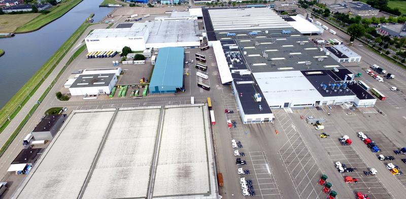 Scania, Hollanda'daki en büyük güneş çatısını kuruyor