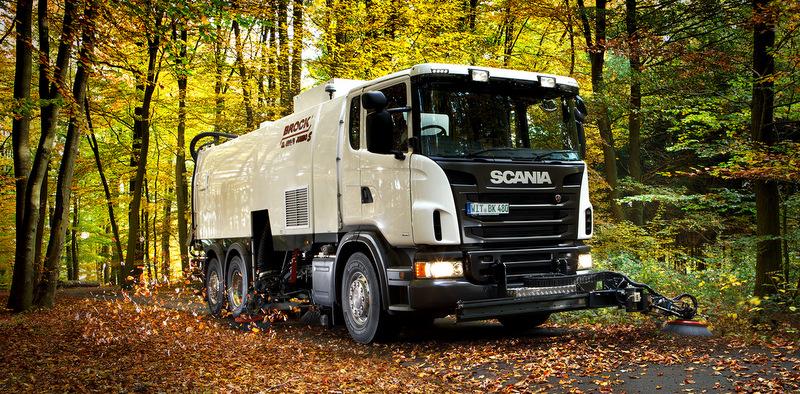 Scania, üst yapıcılara sunduğu özel çözümlerle ve alternatif yakıt araçları ile öne çıktı