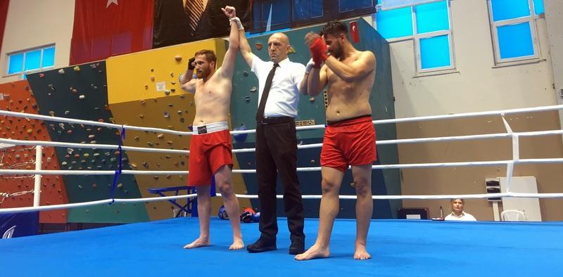 Sertrans'ın sponsor olduğu Kick-bokscu Türkiye şampiyonu oldu