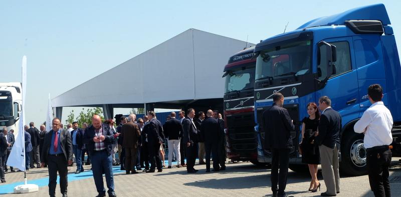 Temsa İş Makineleri, Hadımköy Truck Center'ı açtı!