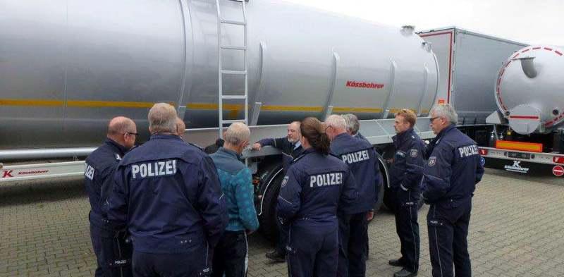 Tırsan Alman Polisine Yük Güvenliğini Anlattı