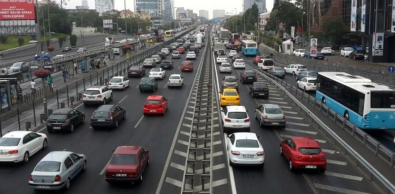 Trafiğe kayıtlı araç sayısı 20 milyon 559 bin 243 oldu