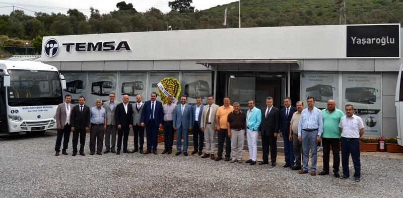Yaşaroğlu Otomotiv, TEMSA'nın İzmir bayisi oldu, 5 firmaya 52 adet Prestij SX teslim etti