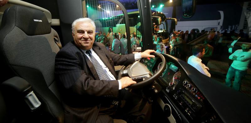 Yeni Tourliner 2+2 otobüsün ilk sahibi oldu