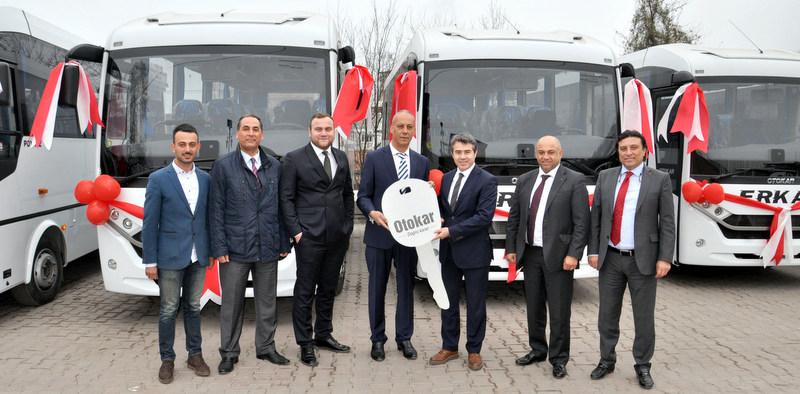 Zonguldaklı personel taşıyıcıya 10 adet Otokar Poyraz teslim etti